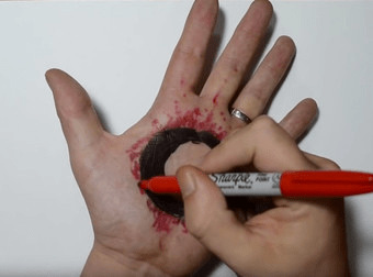 3D Hole in Hand